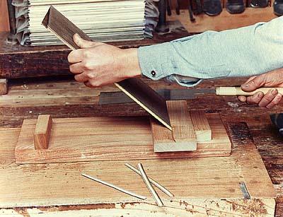 箱根寄木細工-本間木工所・本間美術館サイトトップ 制作工程ボタンイメージ